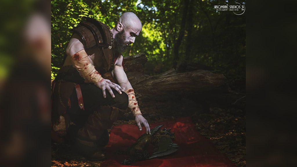 Thousand Faces' Kratos cosplay.
