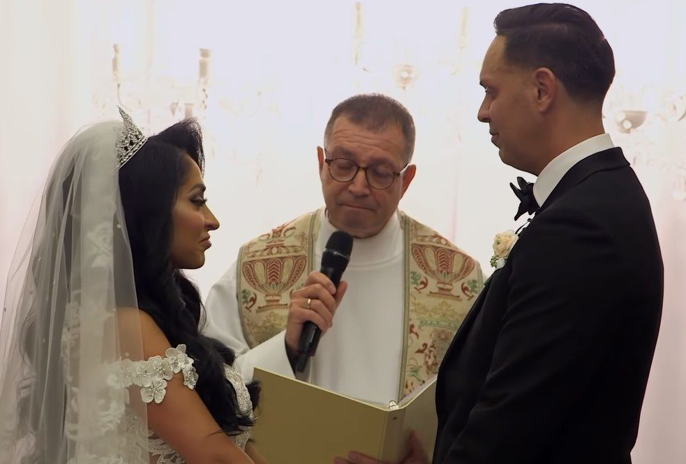 Snippet from Angelina and Chris wedding