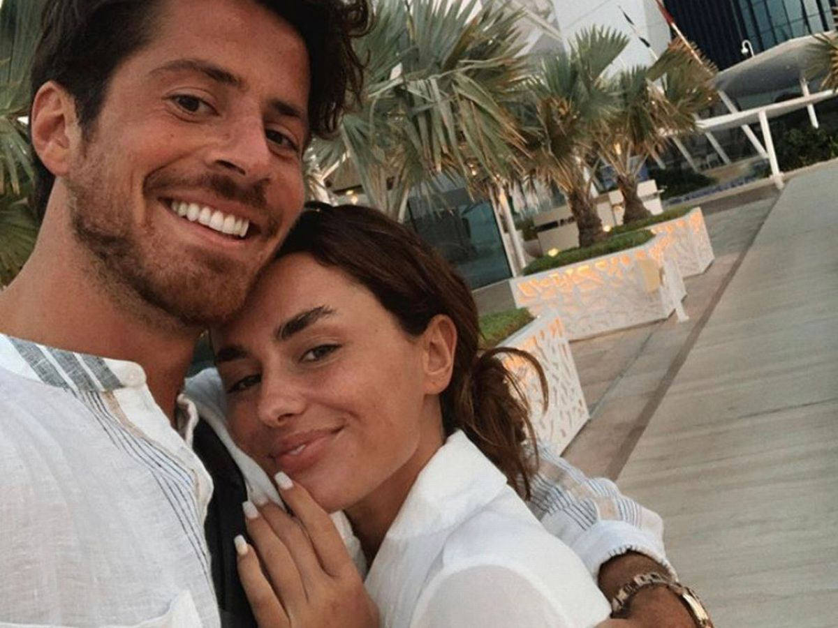 Love Island Star Back With Her Ex?