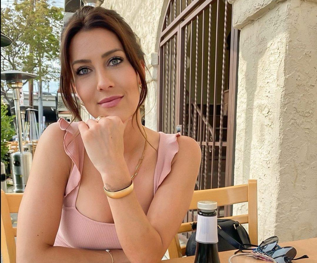 Who was Becca Kufrin Dating