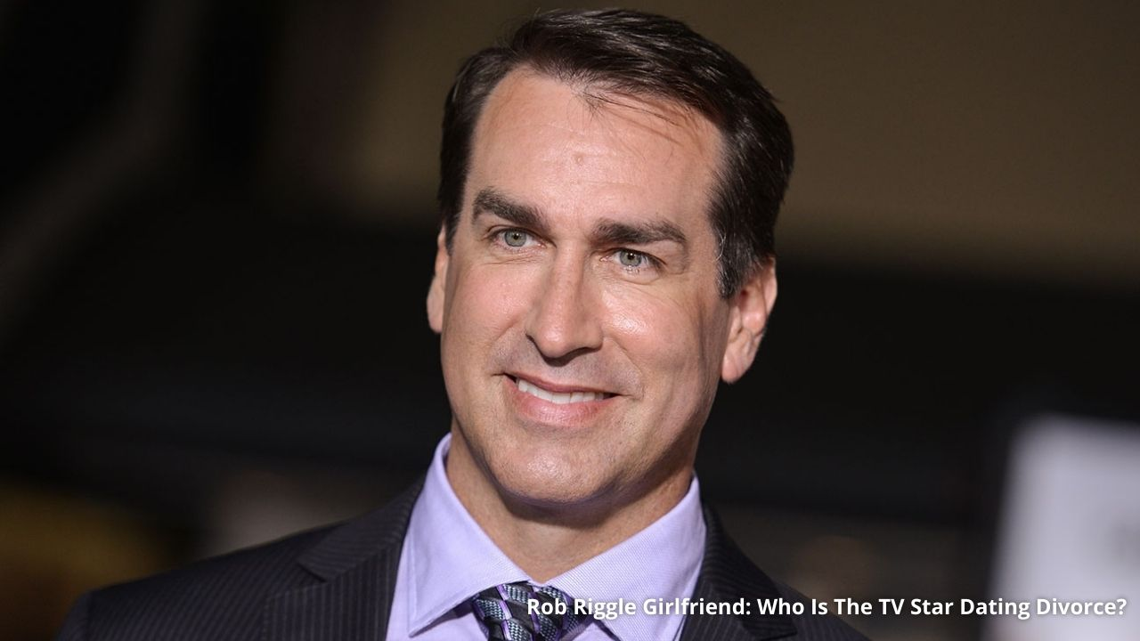 Who Is Rob Riggle's Girlfriend?