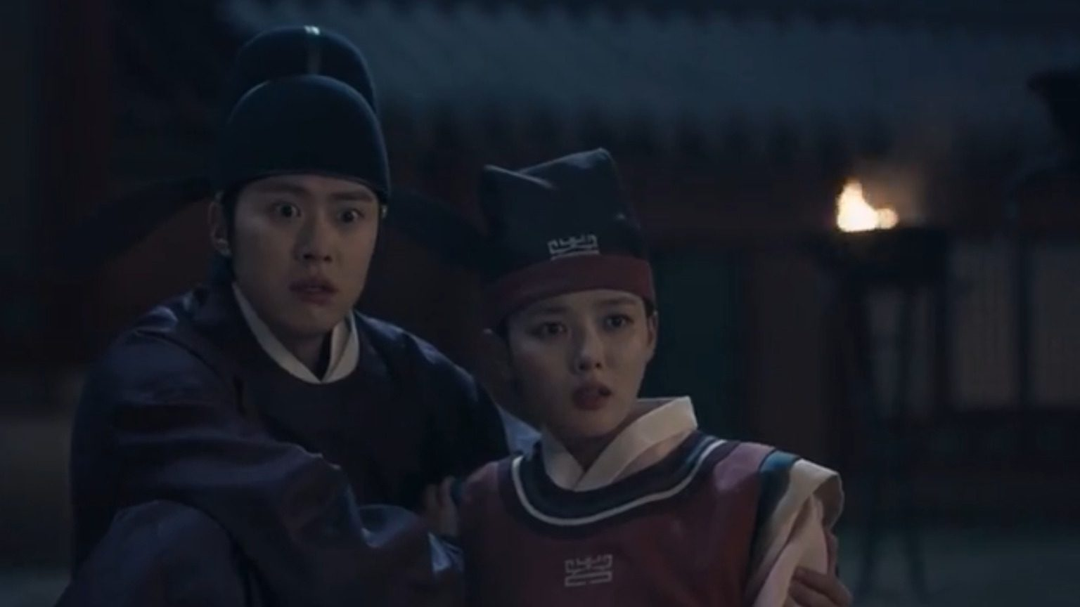 Lovers of The Red Sky Episode 10