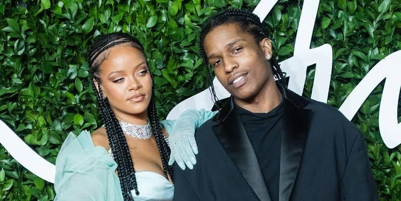 Rihanna Relationship