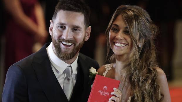 Messi Girlfriend