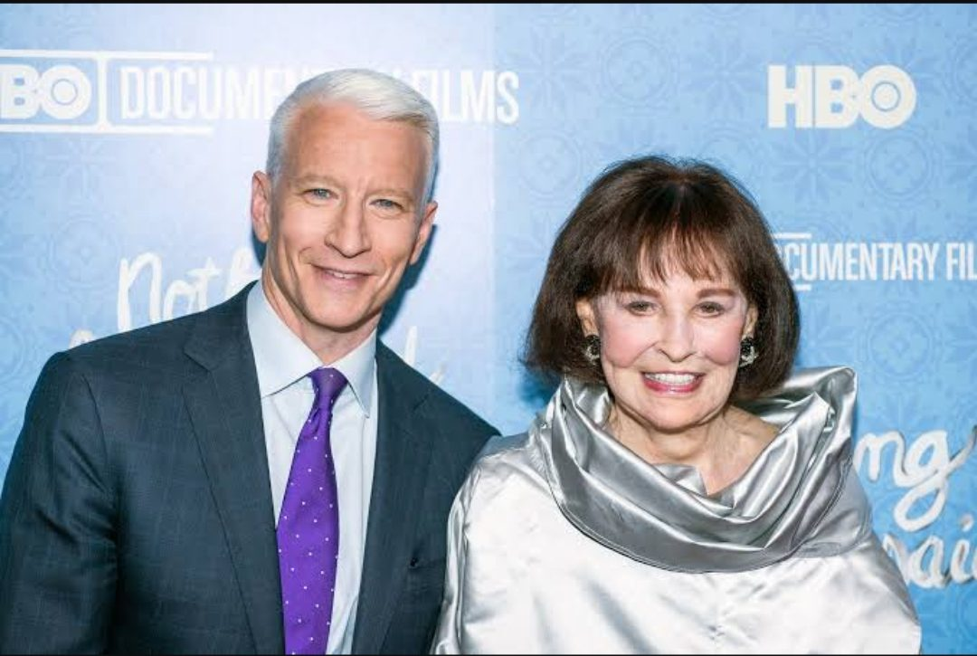 Anderson cooper with his mom