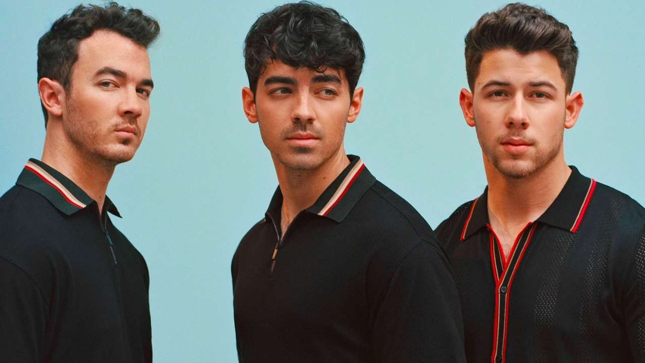 Jonas Brothers Age in 2021