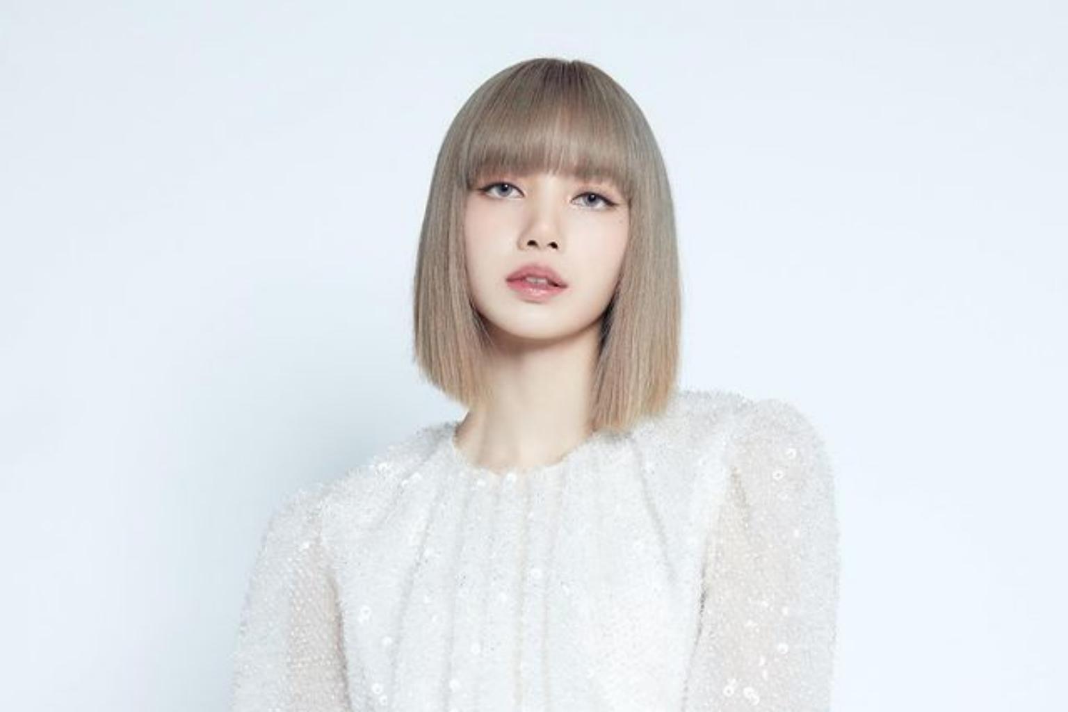 BlackPink's Lisa Boyfriend : Who Is The Pop-Singer Dating?