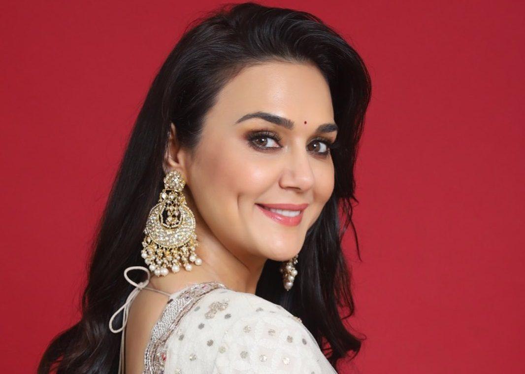Preity Zinta Pregnant