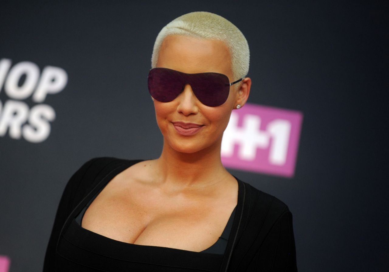 who is Amber Rose dating after a breakup ?