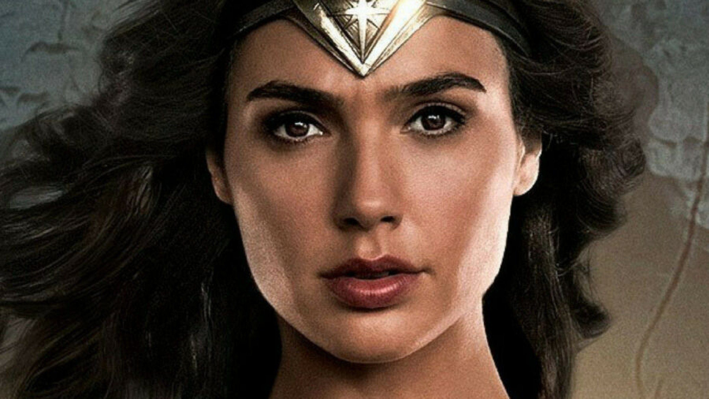 how tall is gall gadot